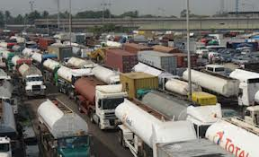 Multiple Auto Crash Disrupts Traffic On Eko Bridge In Lagos