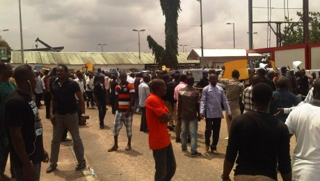 anti-amaech1-airport-protest