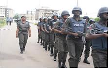 Police: Nigeria youths retaliate, kill police