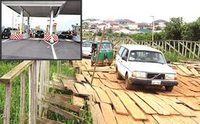 Owners Of Private Wooden Bridges Make Millions Of Naira Daily