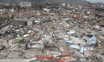 Super Typhoon Haiyan '10,000 Could Be Dead'