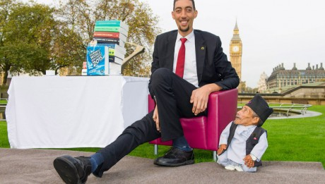 World's shortest man meets world's tallest man in London