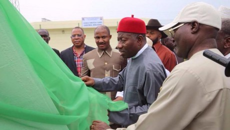 Jonathan Commissions 504MW Alaoji Power Station In Abia