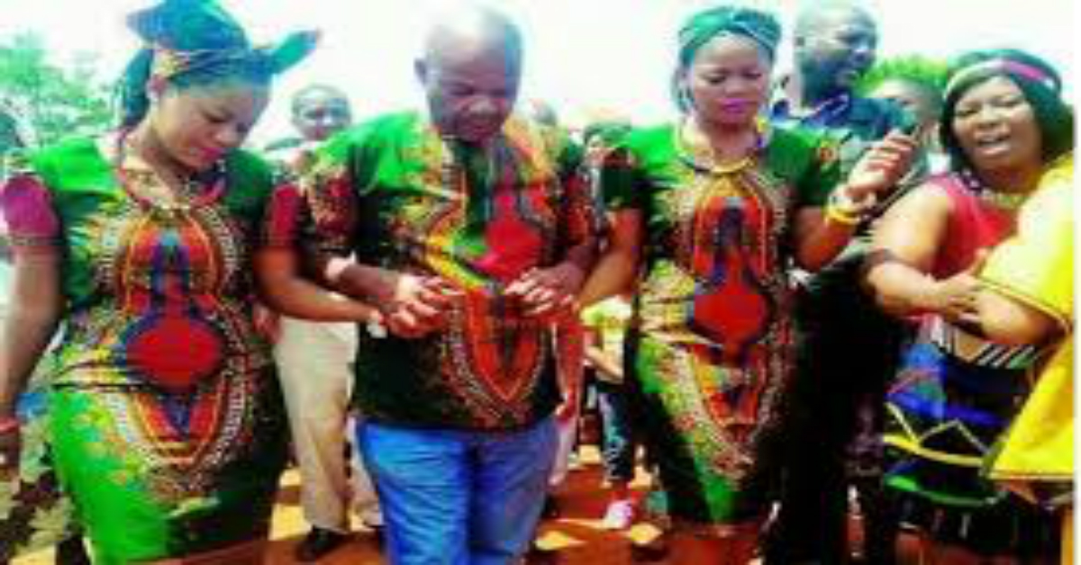 Hope For Nigeria Twin Sisters Marry One Man Hope For Nigeria