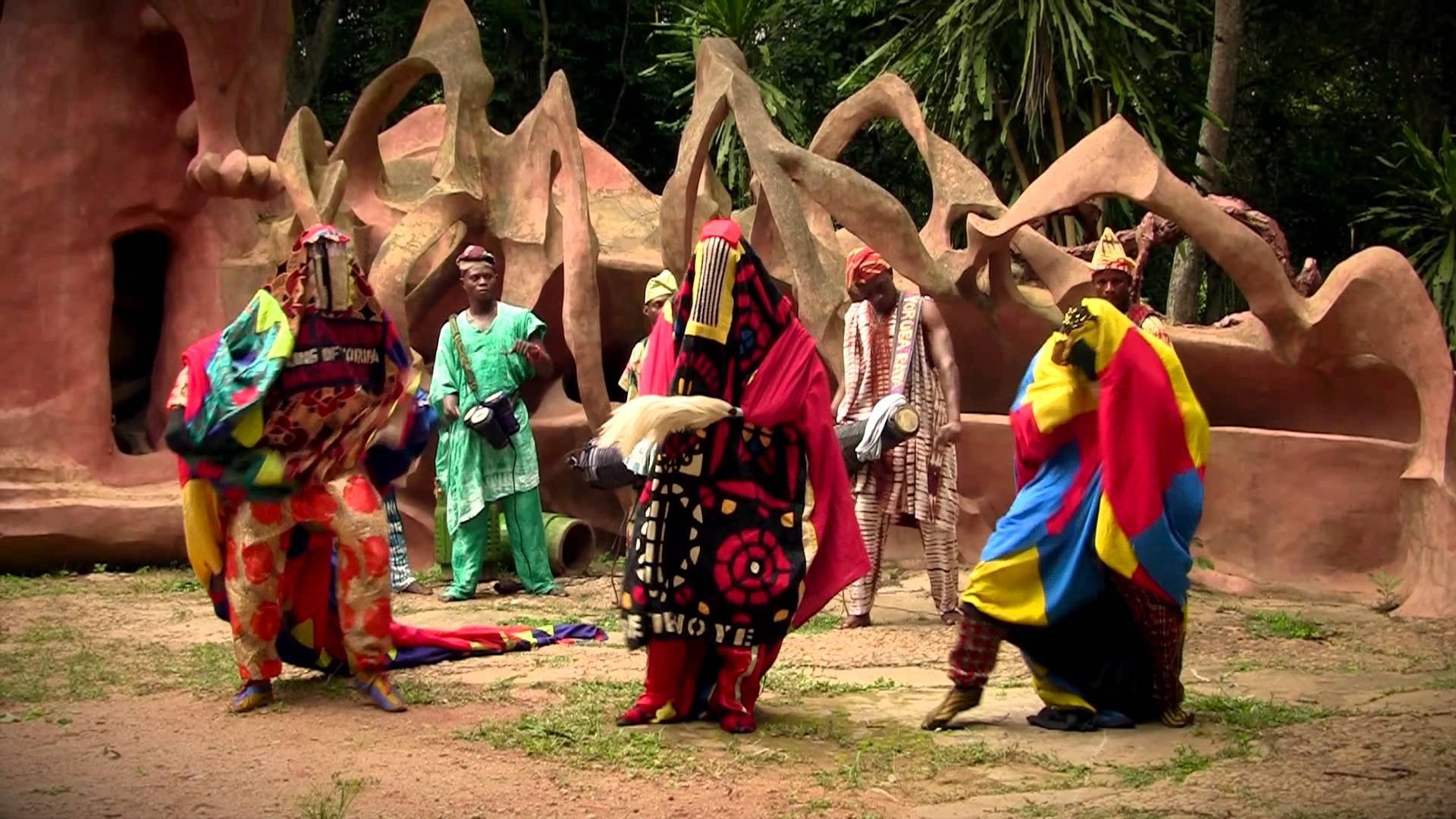 how many culture do we have in nigeria