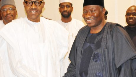 PIC.17.PRESIDENT-ELECT RETIRED MAJ.-GEN. MUHAMMADU BUHARI (L) IN A HANDSHAKE WITH PRESIDENT GOODLUCK JONATHAN  DURING HIS OFFICIAL VISIT TO THE PRESIDENTIAL VILLA IN ABUJA ON FRIDAY (24/4/15). 2176/24/4/2015/ISE/CH/NAN