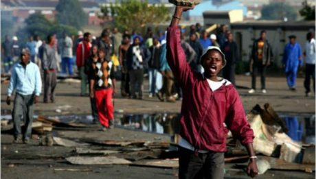 South Africans Burn Down Nigerians' Houses