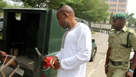 Nnamdi Kanu Refuses To Enter Court Room
