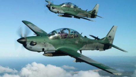 Trump To Sell 12 Fighter Aircraft To Nigeria