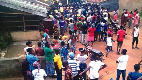 Hoodlums attack Ikorodu residents on bad road portion
