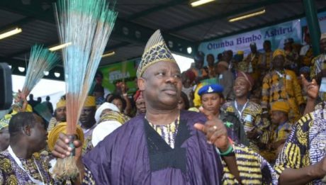 Ogun rally: Please don't disgrace me before Buhari, Amosun begs angry party members