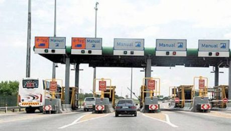 Polls: FG shuts borders as police restrict vehicular movement