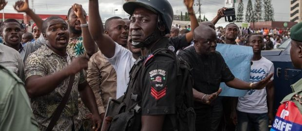 Nigerians march to vote in a choiceless poll