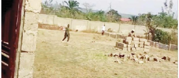 Again, soldiers invade Mesiogo Estate in Ibadan, destroy building