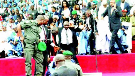 Violence mars Buhari's Ogun rally, crowd throws missiles at Oshiomhole, boos Tinubu
