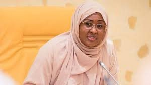 Aisha Buhari, the wife of President Muhammadu Buhari has said she should henceforth be addressed as the first lady.