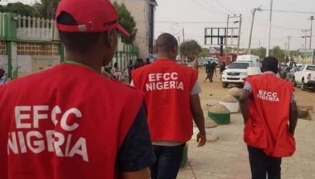 EFCC Arrests 113 'Internet Fraudsters