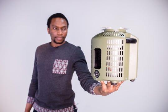 Hope for Nigeria Max Chinnah: Nigerian man invents ...