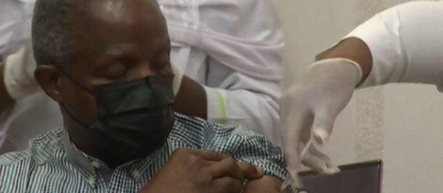 Osinbajo Takes COVID-19 Vaccine On Live TV