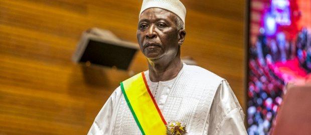 Mali's military detains president, prime minister