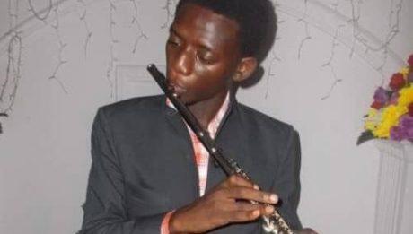 Secret Police Arrest Blind Saxophonist For #BuhariMustGo T-Shirt