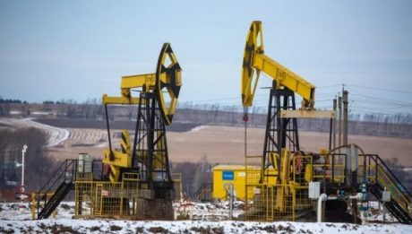 IEA sees COVID blow to oil demand in 2021